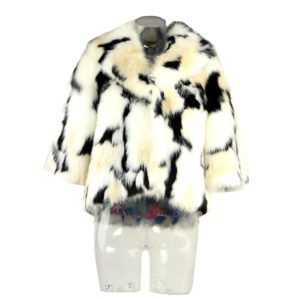 Pelliccia sintetica FRACOMINA di colore Bianco e Nero nuova collezione autunno inverno abbigliamento firmato donna ingrosso stock stocchisti grossisti