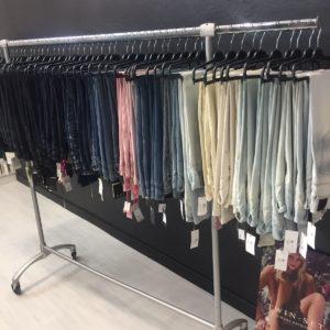 Lotto Jeans TWINSET Donna stock abbigliamento firmato donna ingrosso grossisti stocchisti emilia romagna grandi firme