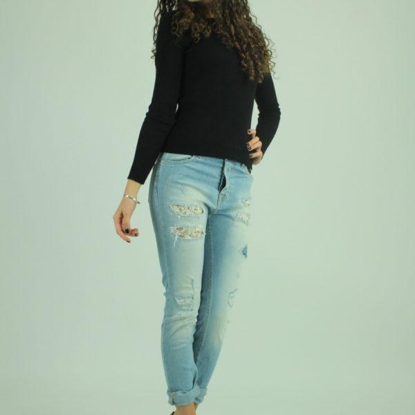 Jeans con strappi e pizzo MET
