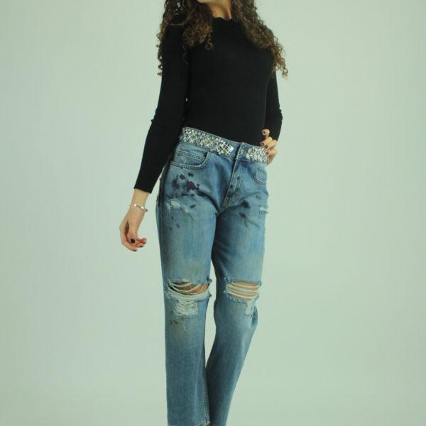 Jeans con strappi e borchie RELISH