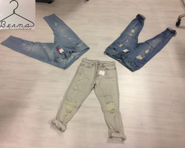 7577e3b08a7c Lotto di Jeans uomo firmati BERNA collezione primavera/estate